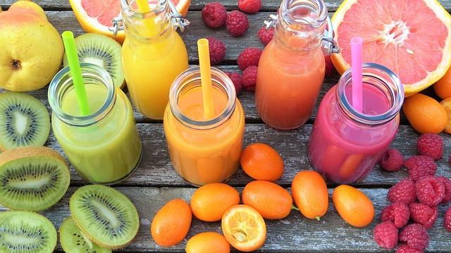 smoothies z ovoce.jpg