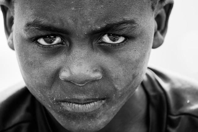 zamračené africké dítě.jpg