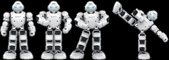 robot v různých polohách