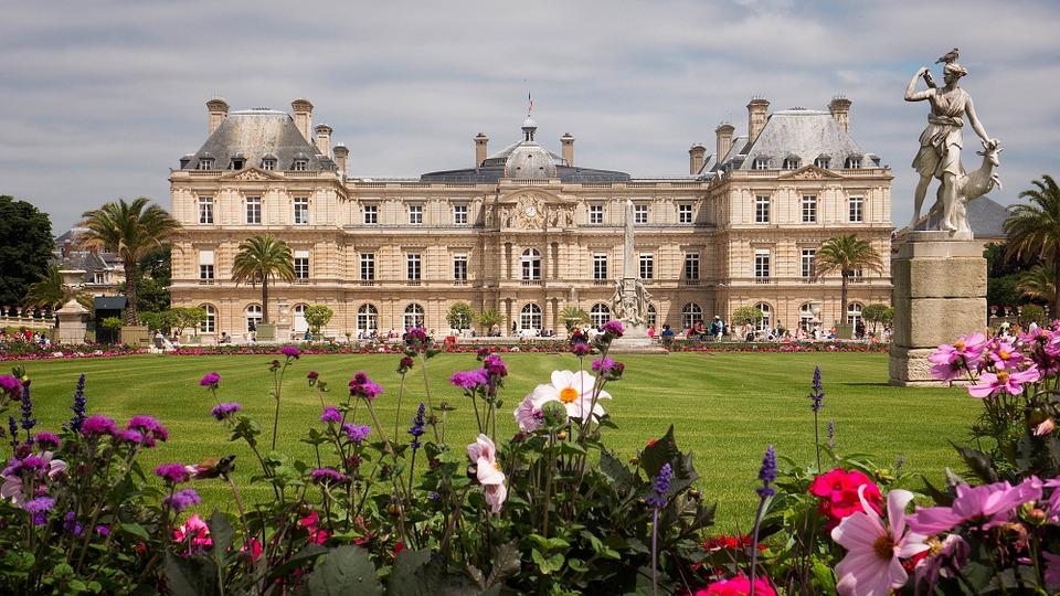 Lucemburské zahrady s dominantou Lucemburským palácem